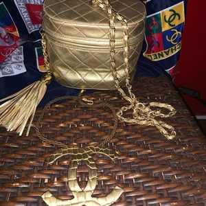 CHANEL Vintage Blushed Gold bucket style bag